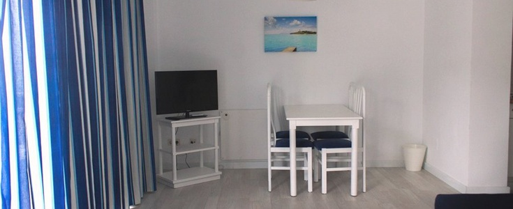 APARTAMENT in  Anba Romani